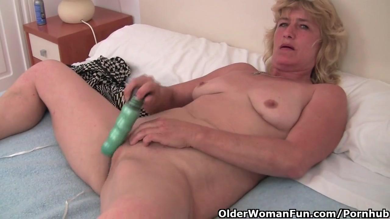 Толстая голая бабушка