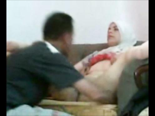 Жена мусульманка изменяет с начальником на работе