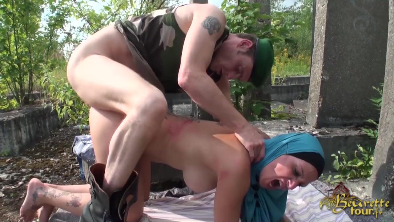 Порно Мусульманка И Солдат