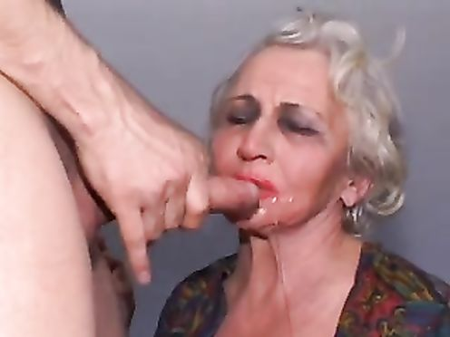 Кончают на лицо старухам подборка порно