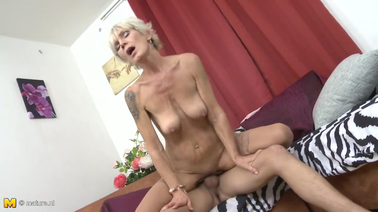 Секс с худой русской бабушкой