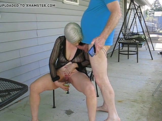 Смотреть онлайн порно бабка пьет мочу