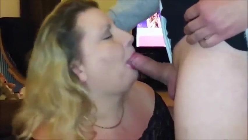 Кончил во влагалище в бане полненькой порно
